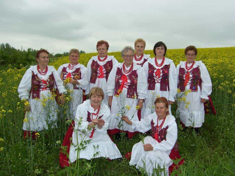 Zespół Ludowy Uherczanie zdj gmina Olszanica